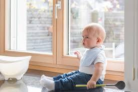 Kindersicherung Für Fenster Mehr Sicherheit Im Haus