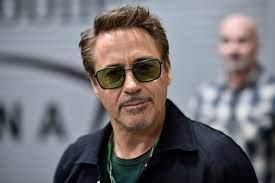 Robert Downey Jr. plant Sherlock-Holmes ...