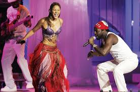 Billboard Charts 2006 Shakiras Hips Dont Lie Hit No 1 On The Hot 100 In 2006