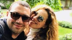 صديقة شيري عادل تكشف حقيقة انفصالها عن معز مسعود