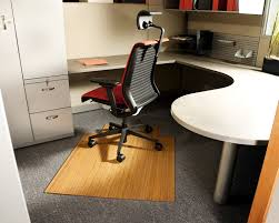 minimalist office chair. Modern Minimalist Office Design Combined With Sweet Red Executive Chair And Simple White Ofice Table Also Elite Cabinet M