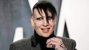 Plattenfirma trennt sich von Manson ...