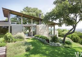 Steep Hillside Home Designs A Hillside Home In Austin Texas Becomes A Coveted Retreat