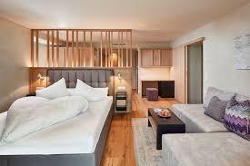 Willkommen im Feldhof bei Meran einem der Top Hotel Südtirol