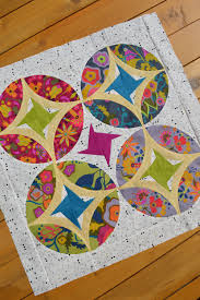 Eclipse Quilt Pattern - Color Girl Quilts by Sharon McConnell & Eclipse quilt pattern, mini quilt table topper wallhanging, patchwork with  stars and curved piecing Adamdwight.com