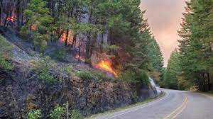 Southern Oregon's Bootleg Fire doubles ...