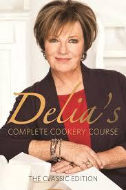 Delia's Complete Cookery Course (Vol 1-3): Smith, Delia: 8601300329499:  Amazon.com: Books