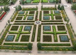 Small Picture 42 best Edible Formal Garden Spaces images on Pinterest Veggie