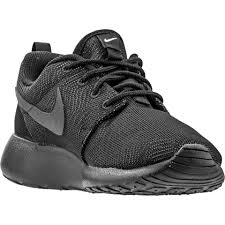 nike black shoes. nike black shoes