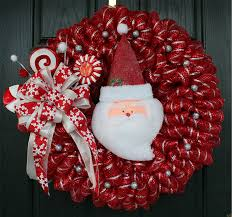 A wreath is one of the most popular decoration to decorate home during  Christmas ...