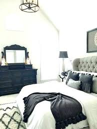 Black And White Decorating Ideas Black White And Gold Bedroom Decor ...