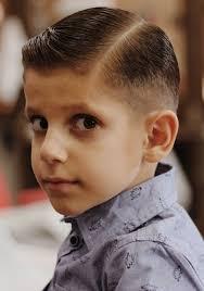 أمسكي الشعر بين إصبعيك السبابة والوسطى قصات شعر اطفال اولاد فرنسي 2020 موسوعة إقرأ