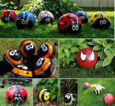 Decorated Bowling Balls Cool Bee Garden Decor Garden Decors 32