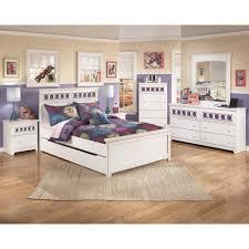 B131B3 in by Ashley Furniture in Fredericksburg, VA - Zayley - White ...