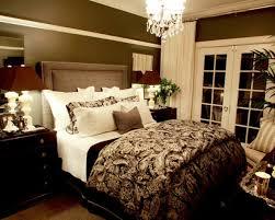 Romantische Schlafzimmer Deko Ideen Lila Schwarz Muster Dicke Decke