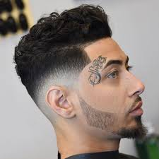 31 cool wavy hairstyles for men 2021