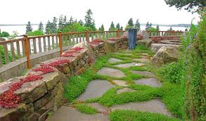 flagstone patio with grass. Flagstone Walkways Are Particularly Beautiful, This Look Suiting Them Really Well Patio With Grass O