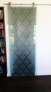 frameless glass sliding doors with pattern installed in brisbane in glass design
