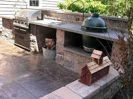 outdoor kitchen with wok burner