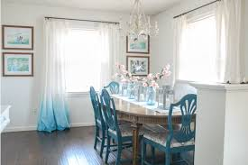 easy spring table decor on the