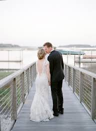 A Palmetto Bluff Wedding With Pops of Color in Early Spring | Brides