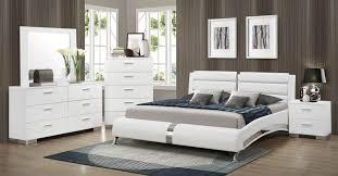 Coaster Felicity Platform Bedroom Set - White