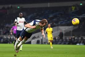 Explore the site, discover the latest spurs news & matches and check out our new stadium. Tottenham 1 1 Fulham Spurs Can T Find A Way Past Cottagers In Dispiriting Draw Cartilage Free Captain