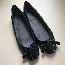 stuart weitzman womens black patent leather ballet flats tassel size us 7