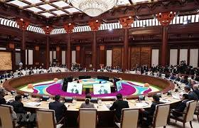 pm attends leaders roundtable meeting of 2nd belt and road forum