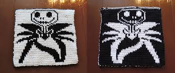 Double Knitting With Motif On Front And Solid On Back How