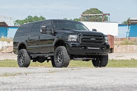3in Ford Suspension Lift Kit (00-05 Excursion 4WD) | Rough Country ...
