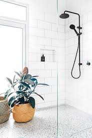 Best 25+ Modern small bathrooms ideas on Pinterest   Modern small ...