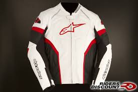 a superbly styled sport riding garment featuring a multi panel chassis with premium leather and extensive stretch paneling the gp plus r jacket is b