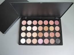 mac cosmetics 28 color eye shadow brand