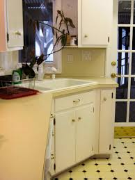 kitchen cabinets painted white before and afterBudgetFriendly BeforeandAfter Kitchen Makeovers  DIY