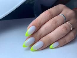 luxio nail las salon manicurists