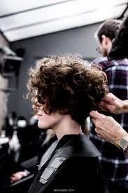 Cheveux Bouclés Coiffure Femme