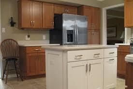 oak color paintkitchen paint colors with light oak cabinets  Oak Kitchen
