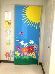 Spring classroom door decorations Welcome Door Decoration Roller Shades For Sliding Glass Doors Door Decoration Door Door Decoration Ideas Beautiful Classroom Door