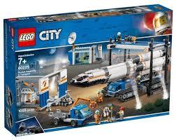 <b>Конструктор LEGO City</b> 60229 Площадка ... — купить по выгодной ...