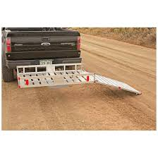 carrier ramp. lightweight, rugged aluminum carrier and ramp resists corrosion rust for years of use t