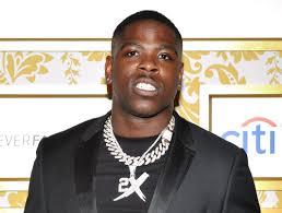 Rapper Casanova surrenders to cops for ...