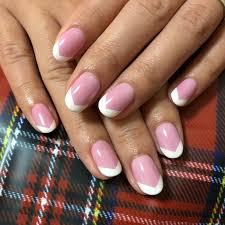 フレンチネイル自爪が綺麗に見えるジェルネイルデザイン てるまる日和