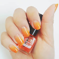 夏満載のオレンジは元気を象徴する欠かせない色レッドにもピンクにも