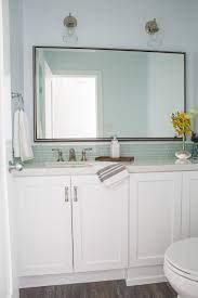 unique bathroom vanity backsplash ideas