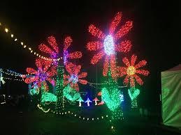 Silverton Oregon Garden Lights Newport News Times Christmas In The Garden