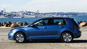 2018 volkswagen e golf range. perfect range egolf expands vwu0027s hatchback range into electrics on 2018 volkswagen e golf