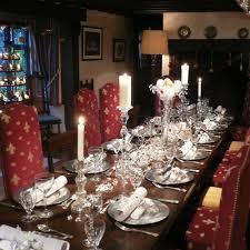 Christmas Table Setting 50 Stunning Christmas Table Settings Style Estate