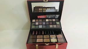 ulta beauty 75 pc makeup kit gift of gorgeous holiday 2016 collection 200 red