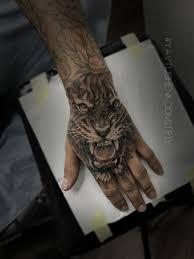 тату тигр на кисти руки тату мастер в украине явтушенко дмитрий